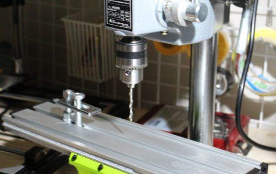 【2月4日】ミニボール盤 HDP10Bとマイクロクロステーブル組立ました
